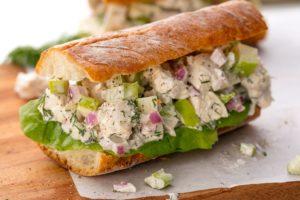Insalata di pollo Sandwich